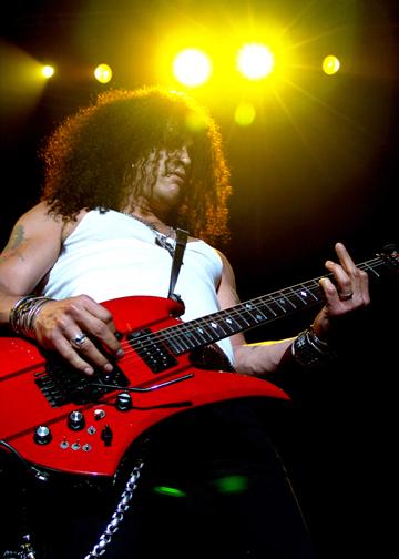 Slash with Velvet Revolver