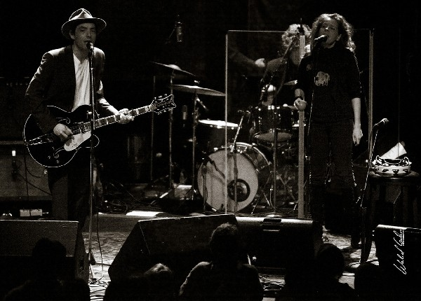Jakob Dylan and Neko Case