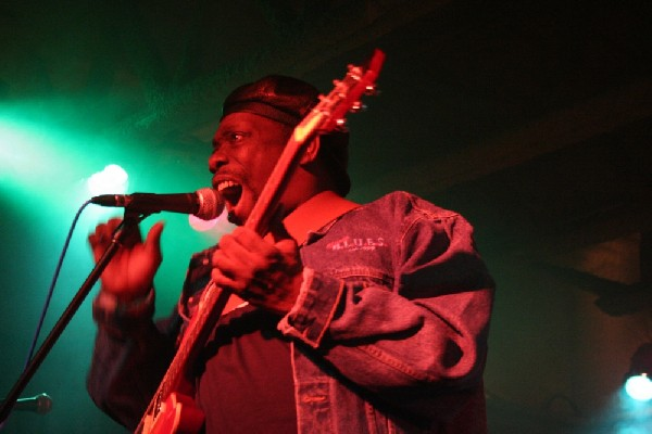 Lucky Peterson live at the Junction, Peterborough, Ontario.