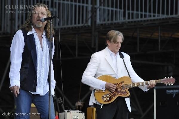 Robert Plant and Allison Krauss at Bonnaroo 2008