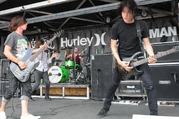 Greeley Estates on the Hurley Stage, Warped Tour, Verizon Wireless Amphithe