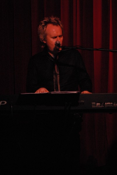 """Howard Jones and Robin """"The Itch"""" Boult at the Cactus Cafe, Austi"""