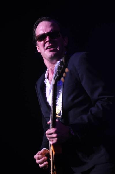 Joe Bonamossa at ACL Live at the Moody Theater, Austin, Texas 12/02/11 - ph