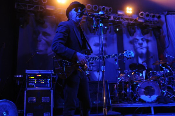 Les Claypool at Stubb's BarBQ, Austin, Texas 04/19/10