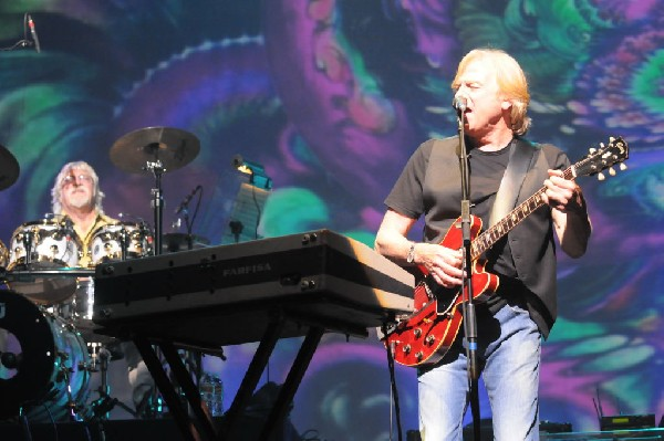 The Moody Blues at ACL Live Moody Theater, Austin, Texas 04/28/2011 - photo