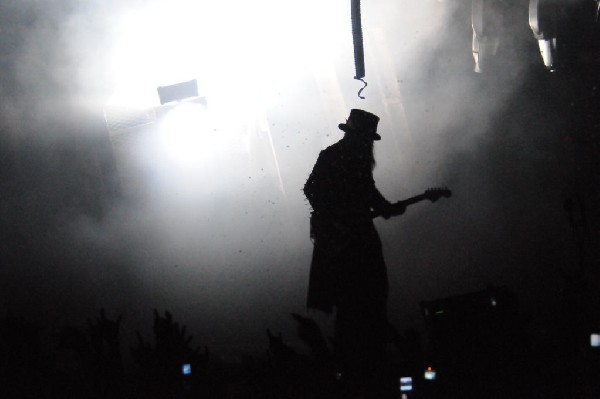 Mötley Crüe at the Verizon Wireless Amphitheater, Selma, Texas
