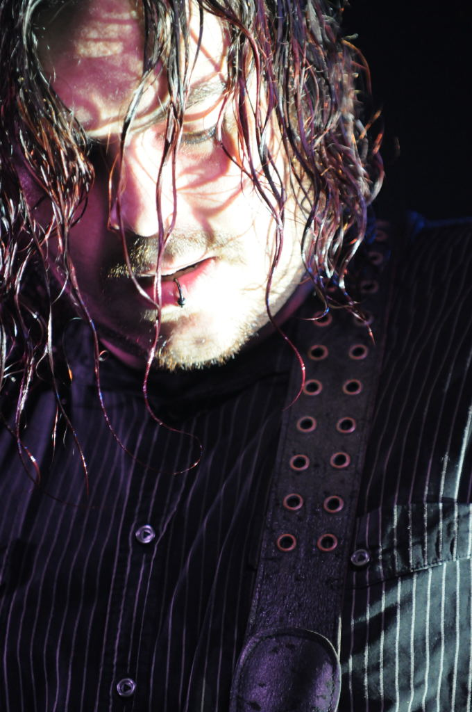 Shawn Morgan of Seether