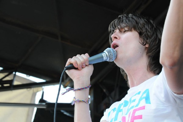 The Academy Is on the Route 66 Stage, Warped Tour, Verizon Wireless Amphith
