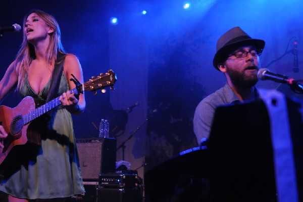 The Wellspring at Stubb's BarBQ, Austin, Texas April 16, 2011 - photo by Je